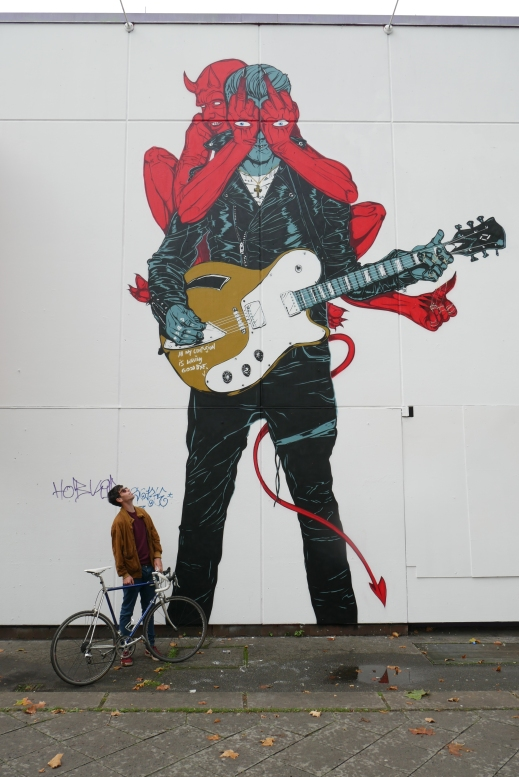 Queens of the Stone Age mural in Berlin